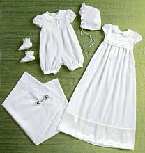 Butterick - B6045 Rompertje, jurkje, hoed, schoentjes en deken voor een baby