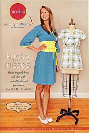Modkid Kyoko Misses wikkeljurk en overslagtop