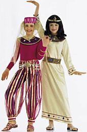 Burda 2497 Cleopatra en Souleika