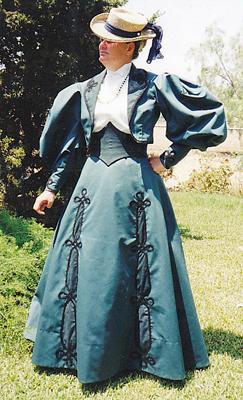 Schnittmuster Truly Victorian TV 296 1895 Ripple Skirt