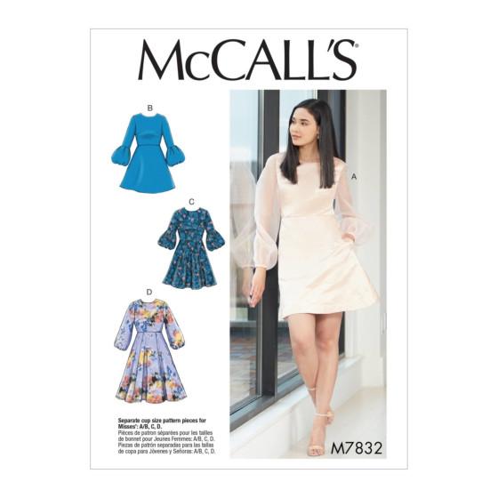 McCall's 7832