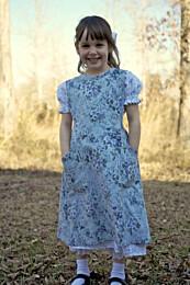 Sense and Sensibility -  A Girls' Edwardian Apron Pattern